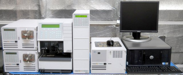 Fully Automated Analytical Liquid Chromatograph