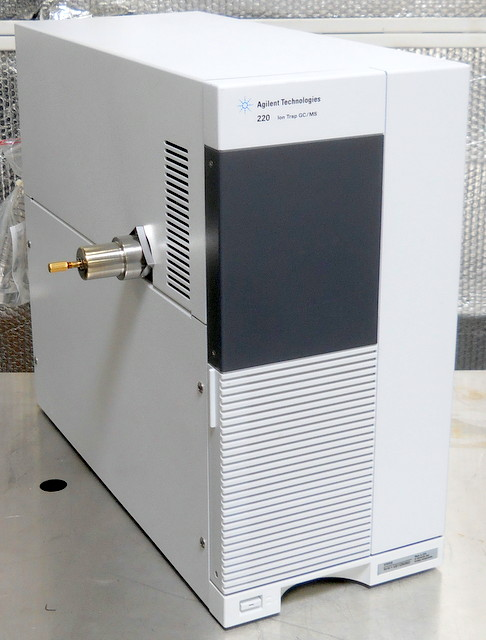 220 GC/MS Ion Trap Mass Spectrometer