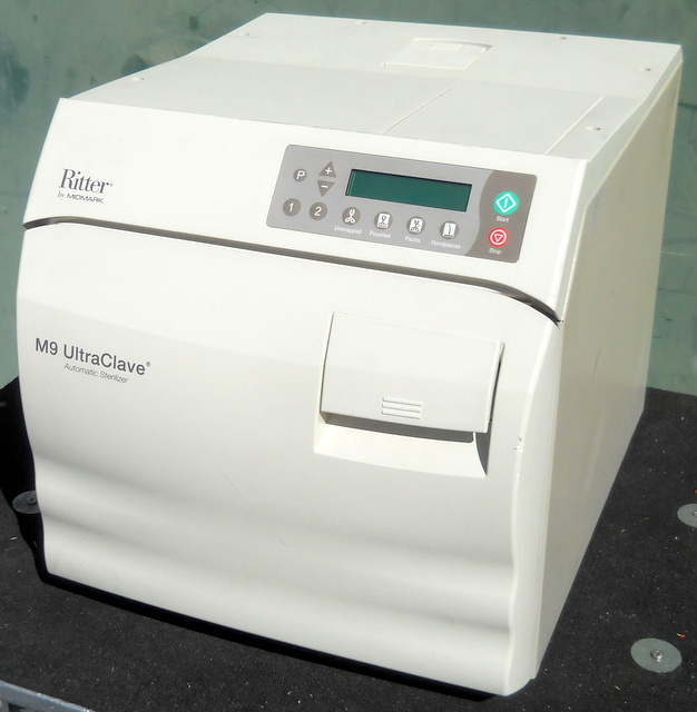 M9 UltraClave Autoclave / Steam Sterilizer