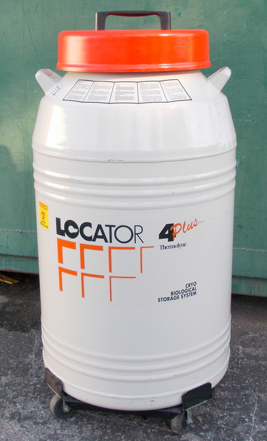 Locator 4 Plus Nitrogen Storage Dewar